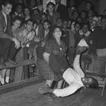Dancing_the_jitterbug-wiki-cc